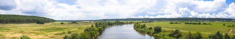 Giorno di estate su Dnepr fotografia stock libera da diritti
