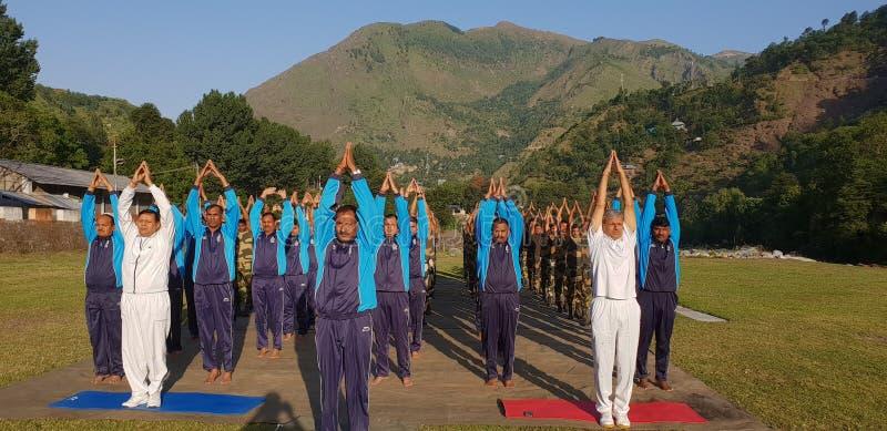 Giorno di yoga fotografie stock