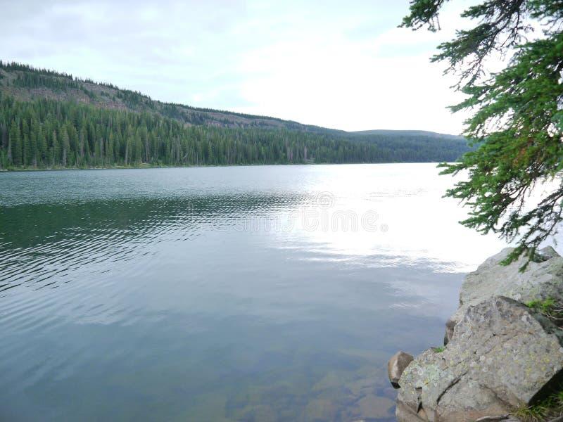 Giorno nel lago in Colorado fotografia stock