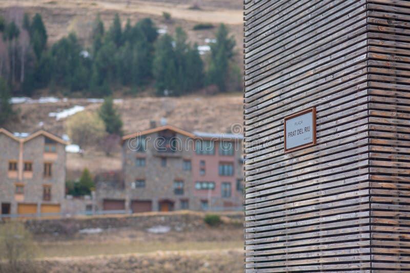 Giorno nuvoloso in Prat del Riu, Canillo, Andorra fotografia stock