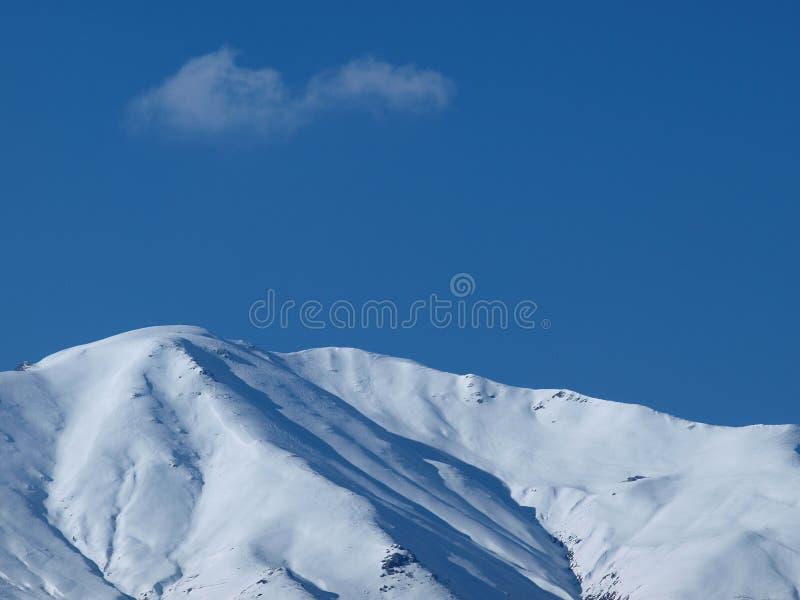 Giorno pieno di sole sulle alpi fotografie stock libere da diritti