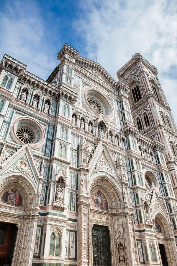 Giotto Glockenturm und Florence Cathedral widmeten im Jahre 1436 lizenzfreies stockfoto