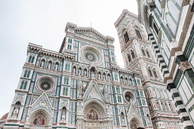 Giottocampanile en Florence Cathedral in 1436 wordt gezegend die stock afbeelding