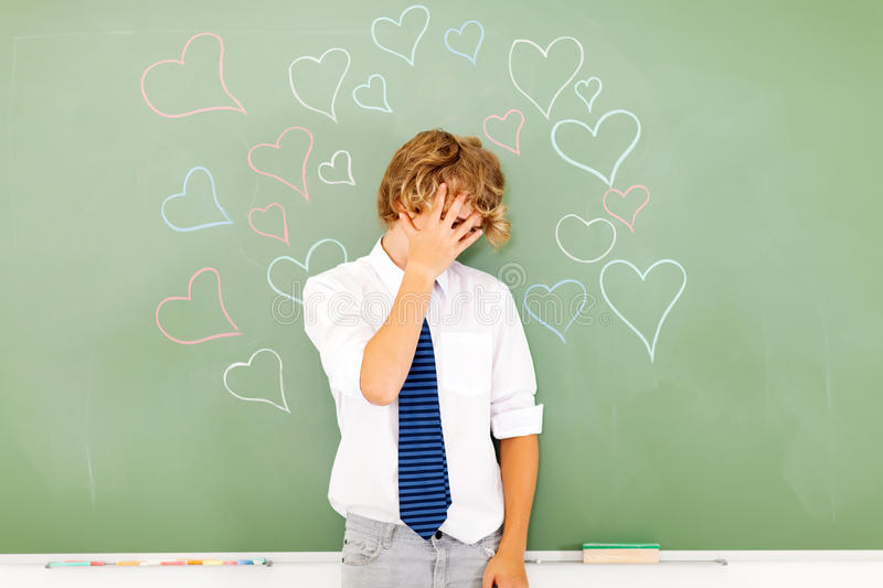Giovane amore adolescente immagini stock libere da diritti