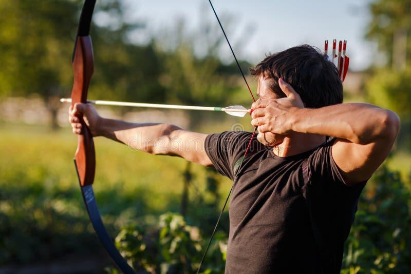 Giovane archer immagini stock libere da diritti