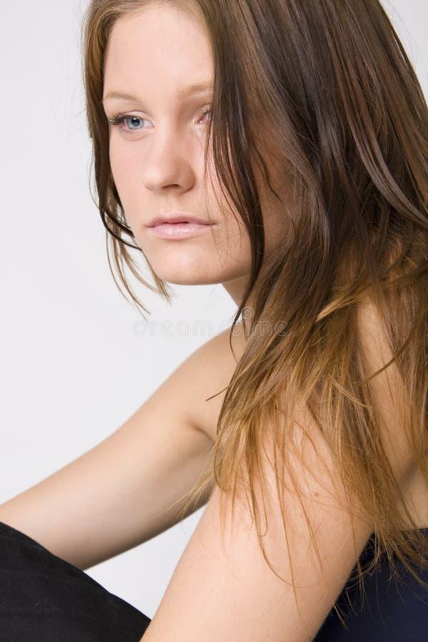 Giovane bella donna triste fotografia stock libera da diritti