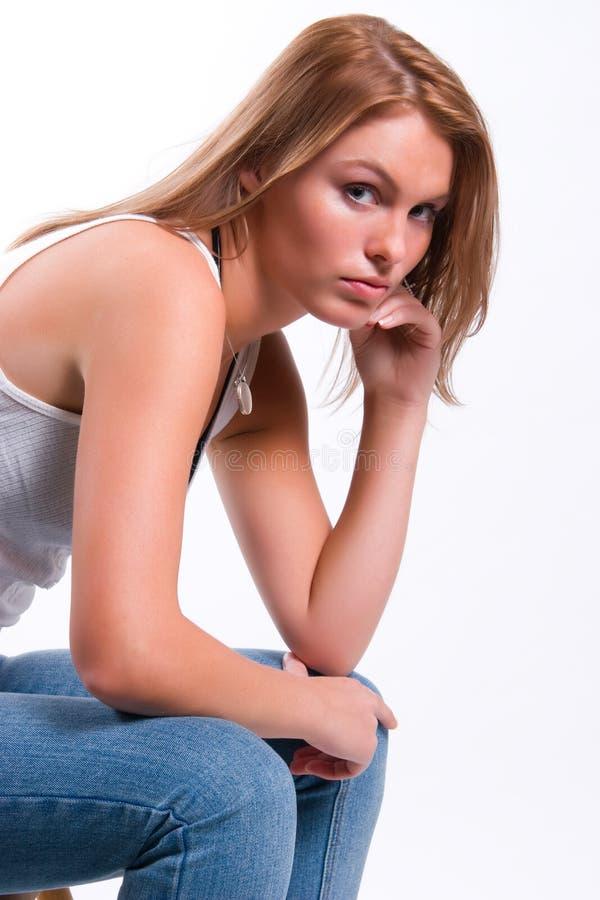 Giovane bello ritratto della ragazza fotografie stock