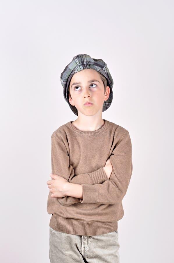 Giovane cercare sveglio premuroso del ragazzo fotografie stock