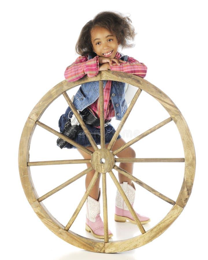 Giovane cowgirl felice fotografie stock libere da diritti