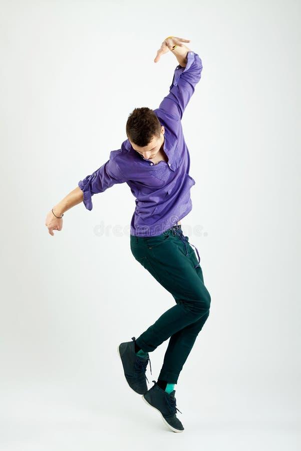 Giovane danzatore alla moda immagine stock