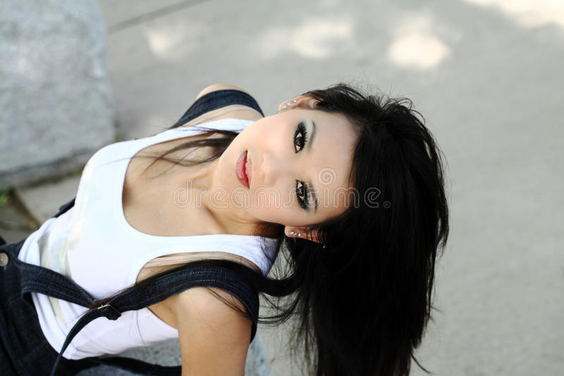Giovane donna americana asiatica da orizzontale di cui sopra fotografia stock libera da diritti