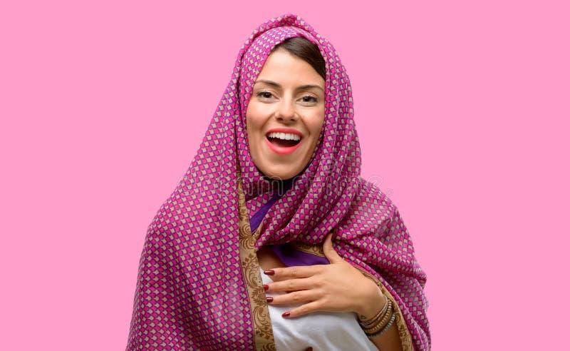 Giovane donna araba fotografia stock libera da diritti