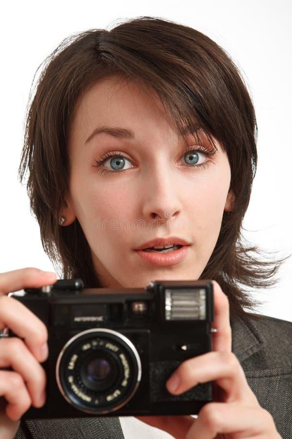 Giovane donna che prende una foto fotografia stock libera da diritti