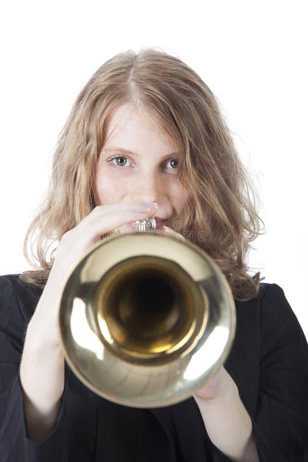 Giovane donna con la tromba fotografia stock libera da diritti