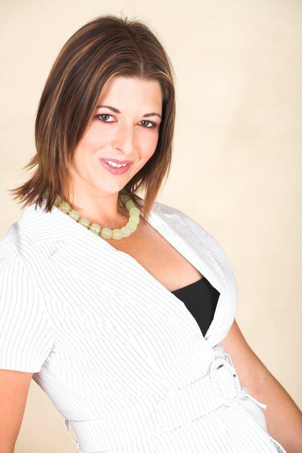 Download Giovane Donna Di Affari Adulta Immagine Stock - Immagine di caucasico, suite: 3883183