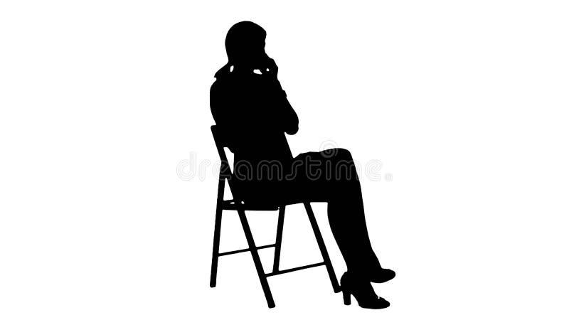Giovane donna di affari della siluetta che per mezzo del telefono illustrazione di stock