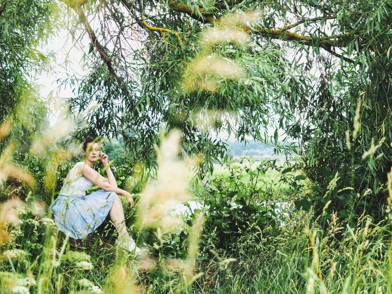 Giovane, donna felice fotografie stock
