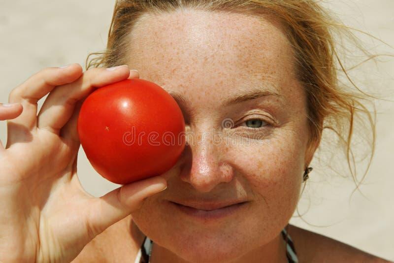 Giovane donna Freckled. fotografie stock libere da diritti