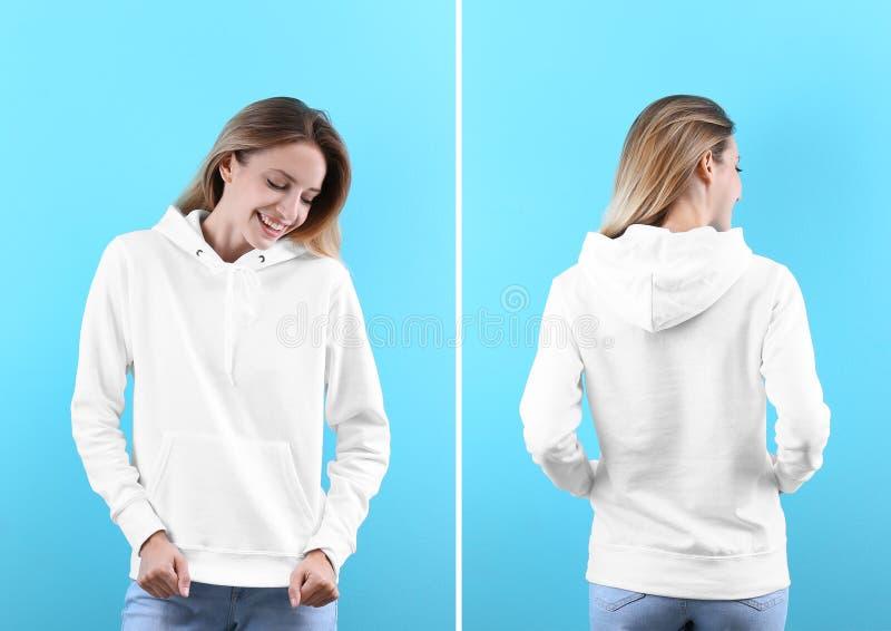 Giovane donna in maglione in bianco di maglia con cappuccio sul fondo di colore, sulla parte anteriore e sulle viste posteriori fotografie stock libere da diritti