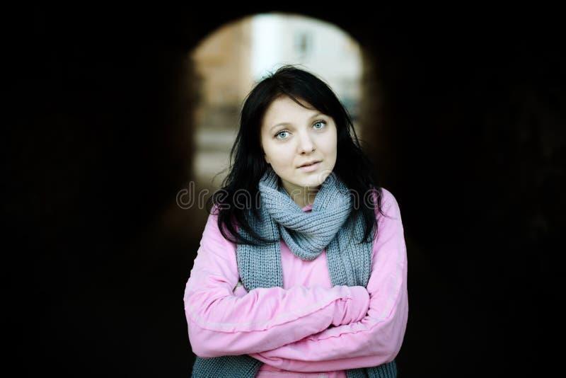 Giovane donna reale fotografia stock