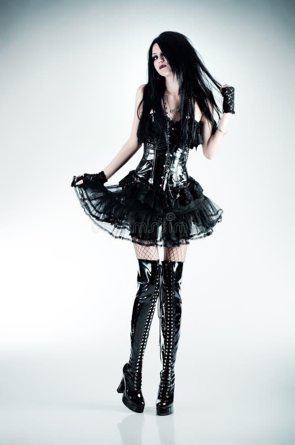 Giovane donna sottile del goth immagini stock libere da diritti