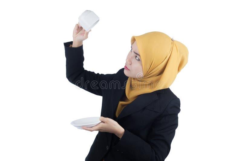 Giovane e bella donna di affari di Muslimah fotografie stock