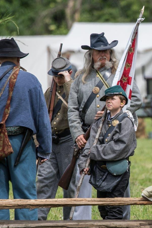Giovane e vecchio difenda il sud fotografia stock libera da diritti