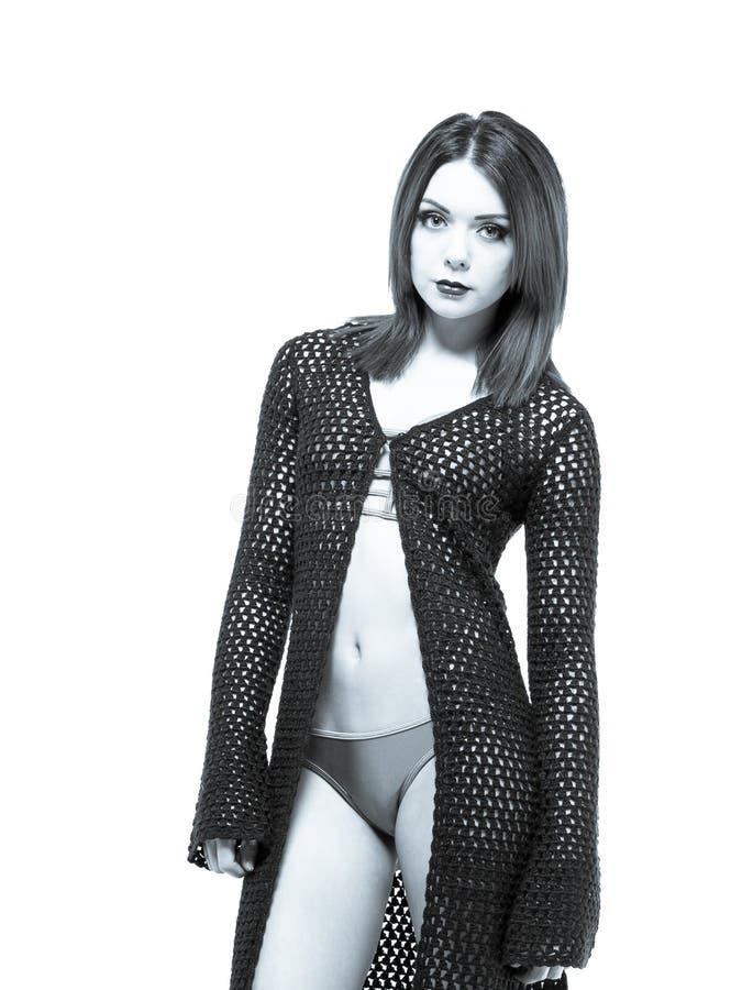 Download Giovane Femmina Irritabile In Bikini Fotografia Stock - Immagine di informato, salute: 55355736