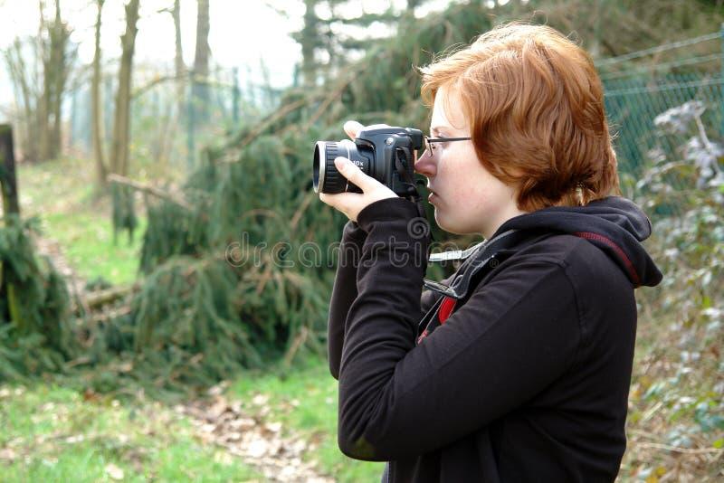 Giovane fotografo femminile immagine stock