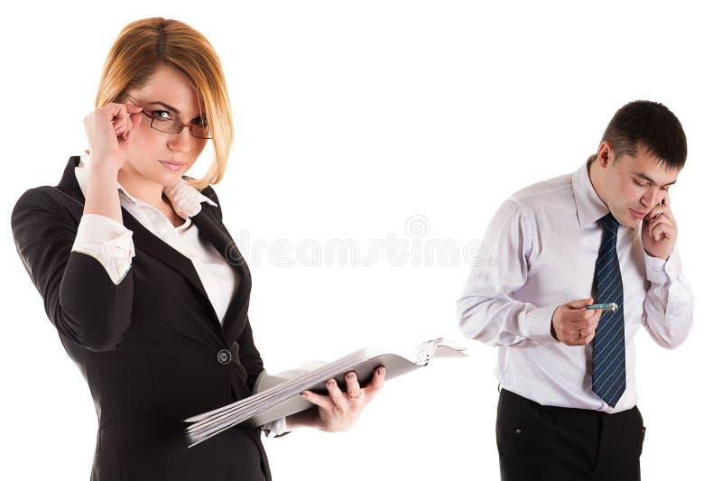 Giovane gente di affari sul lavoro immagini stock libere da diritti