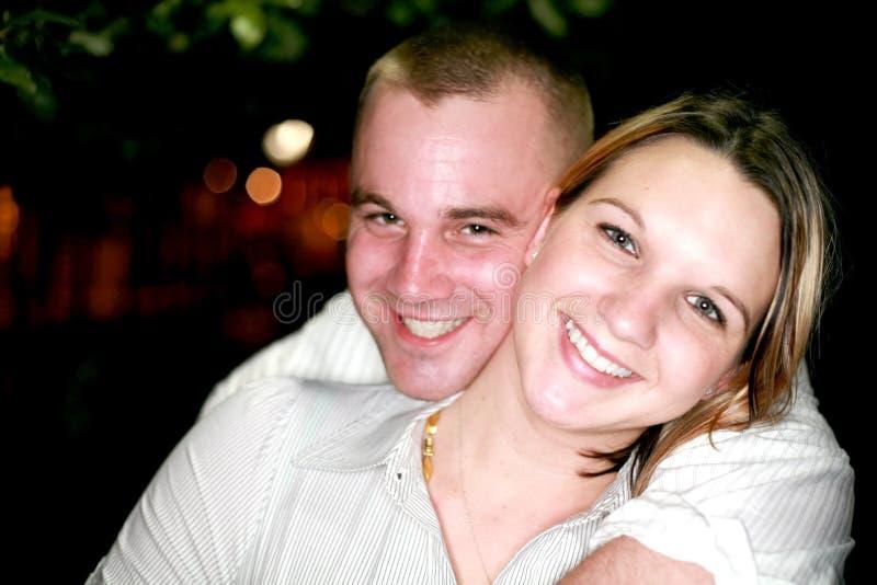 Giovane Partying delle coppie fotografia stock libera da diritti