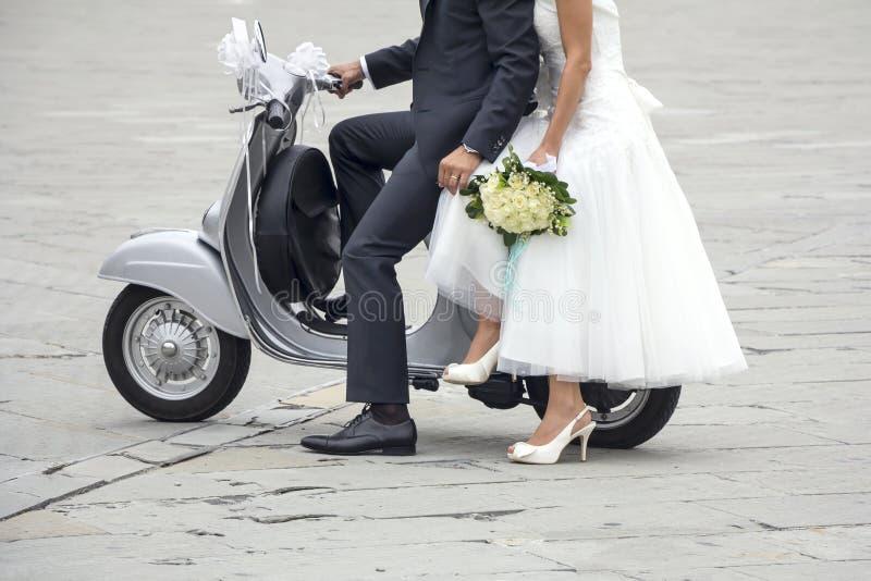 Giovane persona appena sposata fotografie stock