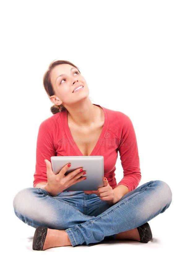 Giovane ragazza dello studente con il pc della compressa fotografia stock libera da diritti