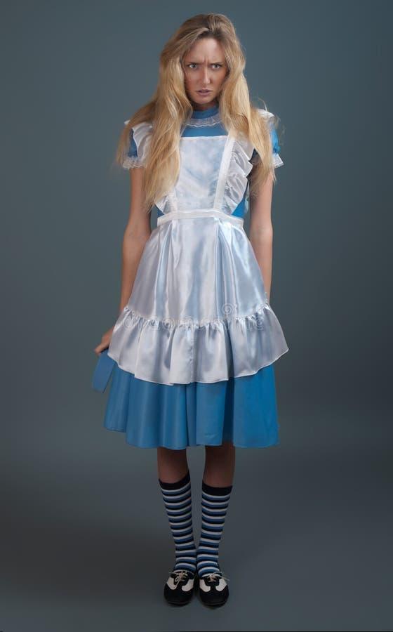 Giovane ragazza graziosa in vestito da fairy-tale fotografia stock
