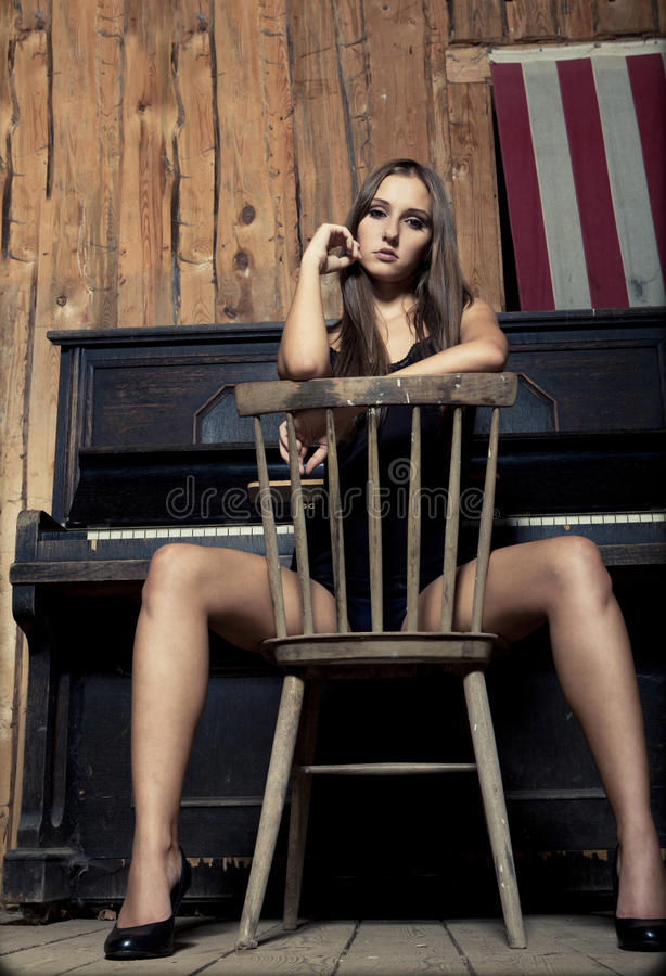 Giovane ragazza occidentale sexy del brunette fotografia stock libera da diritti