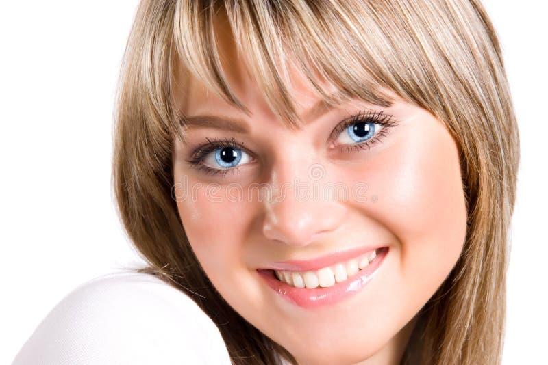 Giovane ritratto sorridente della donna immagine stock libera da diritti