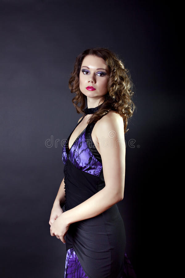 Giovane signora in abito di sera fotografia stock