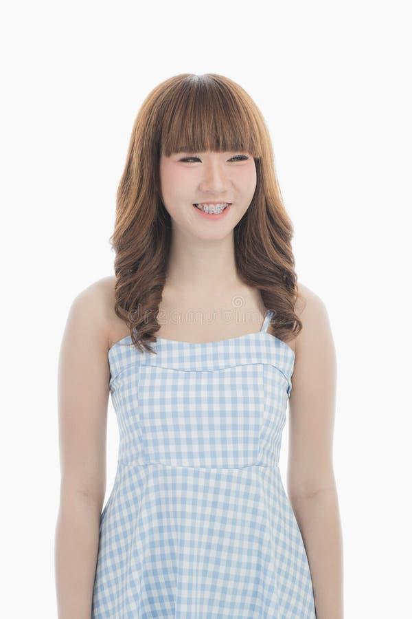 Giovane signora in vestito blu fotografie stock libere da diritti
