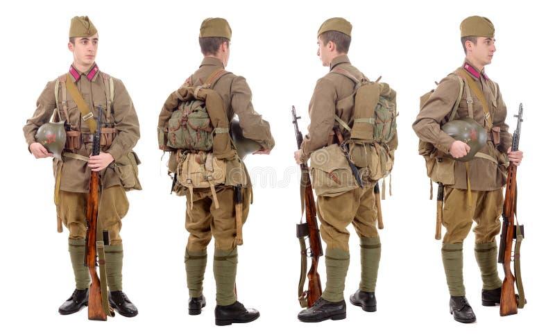 Giovane soldato sovietico con il fucile di SVT, parte anteriore, profilo, posteriore fotografia stock