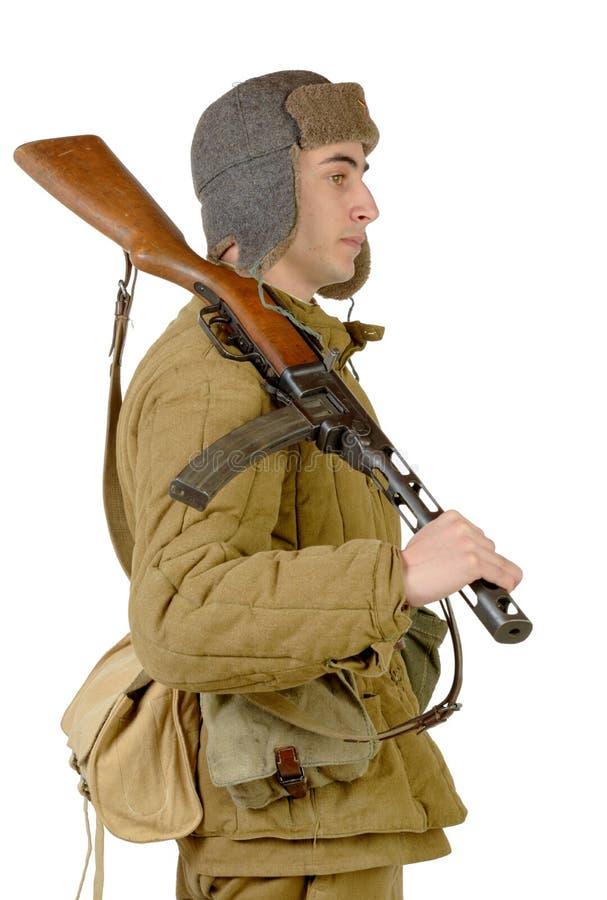 Giovane soldato sovietico con la mitragliatrice ppsh-41 fotografie stock libere da diritti