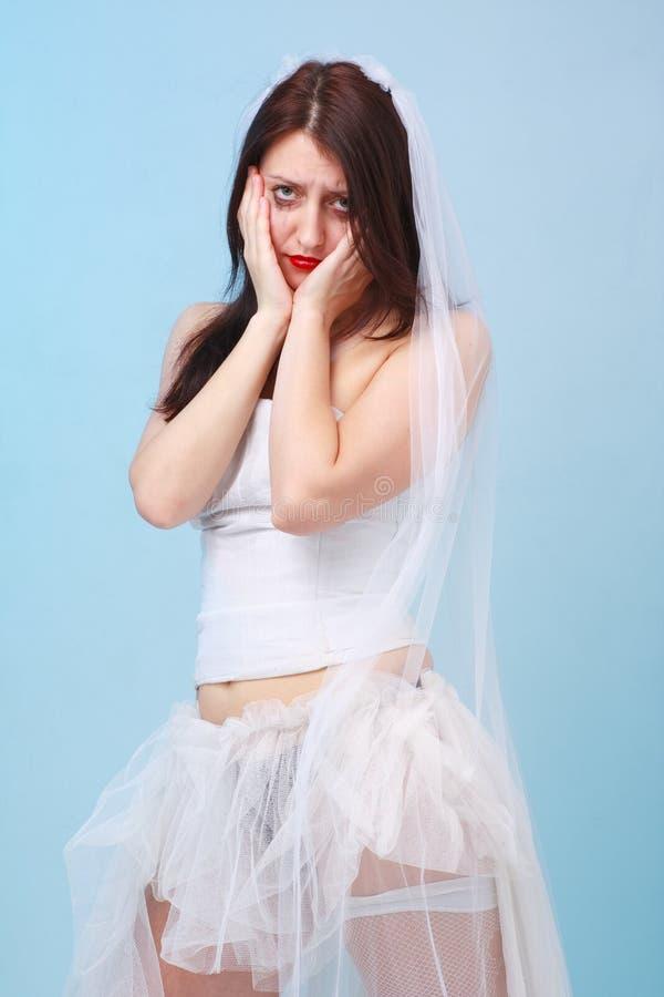 Giovane sposa scoraggiata fotografia stock libera da diritti