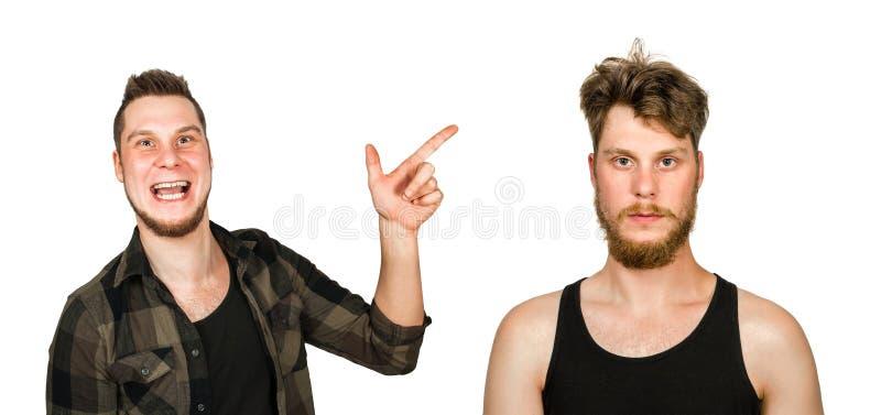 Giovane tipo con la barba e senza una barba Uomo prima e dopo la rasatura, taglio di capelli Metta isolato su fondo bianco fotografia stock