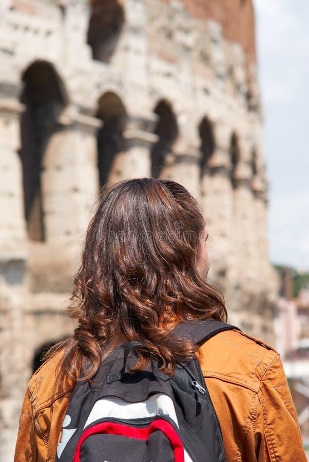 Giovane tirante Colosseum Roma, Italia fotografia stock libera da diritti