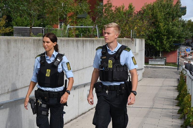Giovane ufficiale di polizia danese di rimorchio immagine stock
