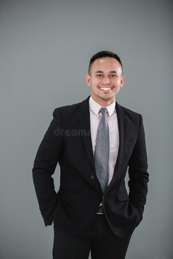 Giovane uomo d'affari adulto fotografia stock