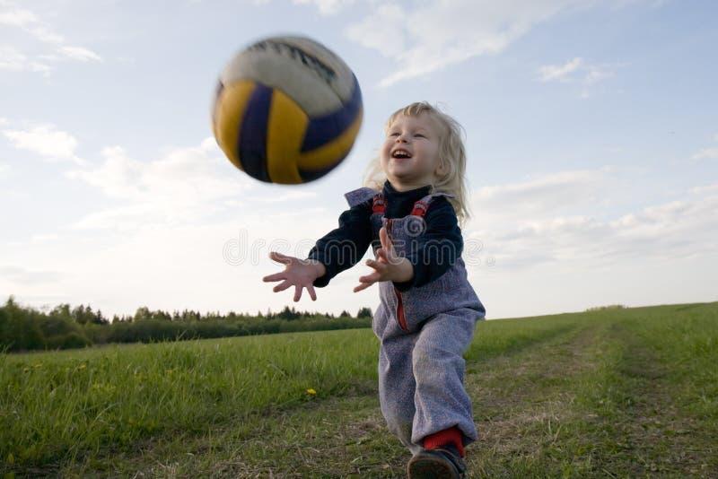 Giovane volleyballer immagini stock libere da diritti