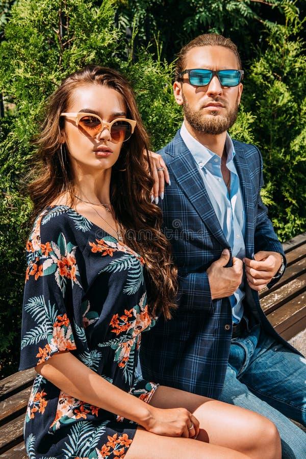 Giovani alla moda fotografia stock