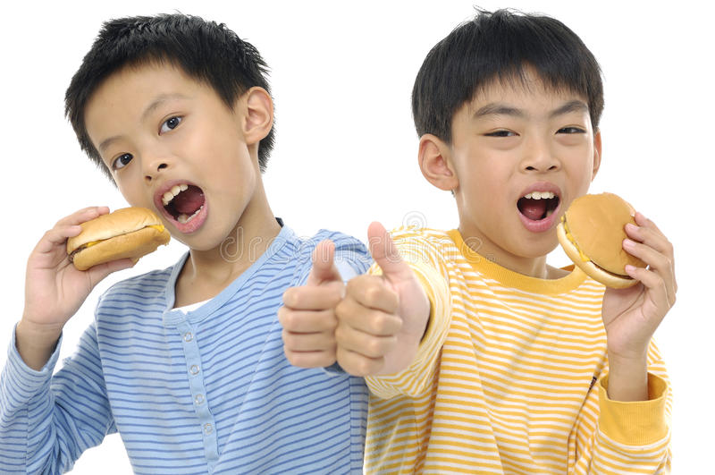 Giovani amici asiatici fotografie stock