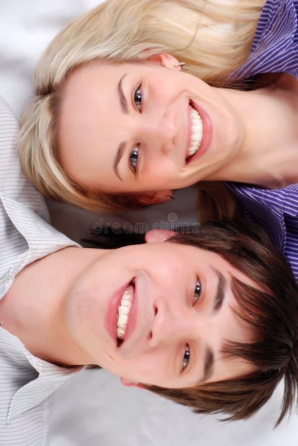 Giovani coppie amorose immagine stock libera da diritti