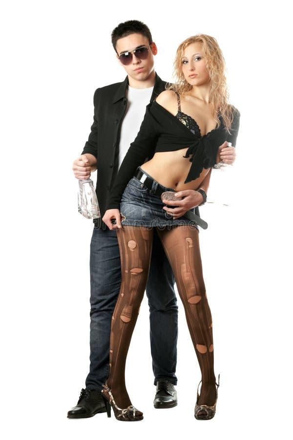 Giovani coppie attraenti. Isolato immagini stock libere da diritti
